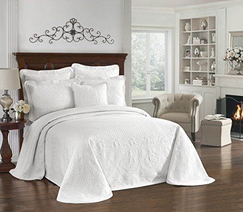 HISTORIC CHARLESTON Bedspreads Coverlet - King Charles Collection 120 x 114 Size 100% Cotton Oversized Matelasse Bed Spread, King/Cal King, White