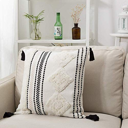 MeMoreCool Boho Cushion Covers, Decorative Throw Pillow Case Square Pillowcases with Invisible Zipper for Sofa Couch Bedroom Living Room, Tassel Tufted Pillow Covers 45x45cm (Black off White)