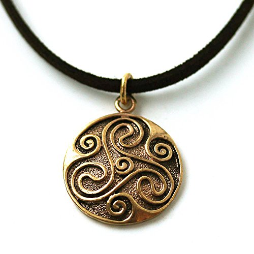 LynnAround Bronze Engraved Celtic Knot Triskelion Necklace Pendant Charm Vintage Thailand Made Jewelry (Button Toggle Clasp)