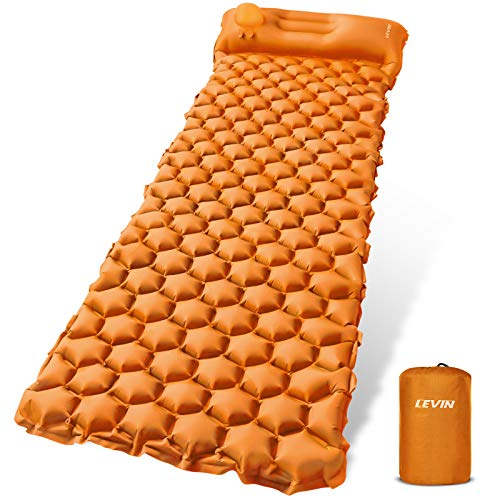 LEVIN Isomatte Camping Selbstaufblasbare - Handpresse Aufblasbare leichte Rucksackmatte für Wanderungen Reisen, langlebige wasserdichte Luftmatratze kompakte Wandermatte Orange