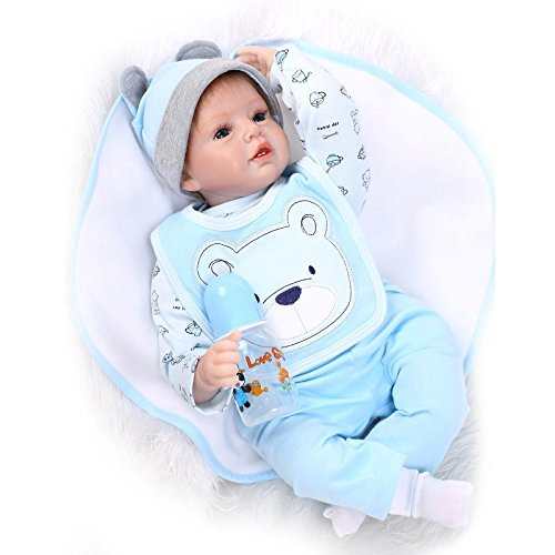 Nicery Reborn Poupée en Vinyle Souple en Silicone Reborn Bébé 22inch 55cm Garçon Jouet Fille Bib Bleu Ours Magnétique Bouche Lifelike Reborn Baby Doll