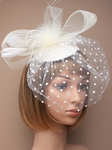 CREAM HATINATOR Feathers Net Mesh Forked Clip Ladies Day Weddings Races by Generic