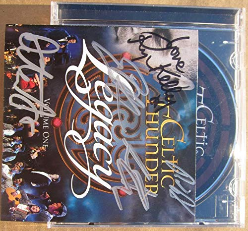 Celtic Thunder 5x signed CD Cover Legacy Emmet Cahill, Neil Byrne, Emmet O'Hanlon, Damian McGinty Ryan Kelly