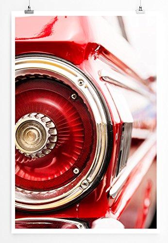 Eau Zone Home foto - Art foto's - achterlicht een rode oldtimer - fotodruk in haarscherpe kwaliteit POSTER 90x60cm rood