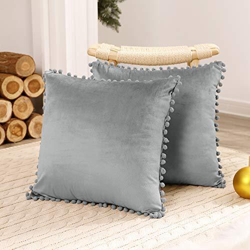 Deconovo Fundas de Almohadas Cojines Terciopelo Decorativas Hogar con Pelota para Sofás Dormitorio Pack de 2 50 x 50 cm Gris