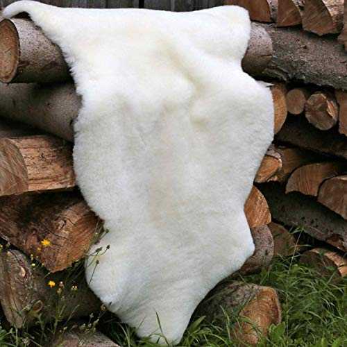 Lammfell kurzgeschoren 3-4 cm Wollhöhe Merino Schaffell Naturfell Größe 110-120, Farbe Champagner