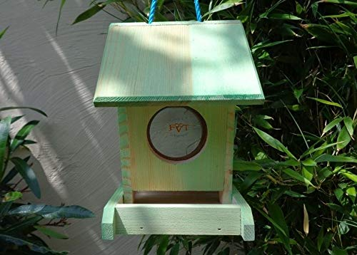 Futterhaus BTV-VOFU1K-moos001 PREMIUM Vogelhaus Futterstation XXL moosgrün grün für Nützlinge Biogarten, als Ergänzung zum Meisen Nistkasten Meisenkasten oder zum Insektenhotel, für Vögel, Vogelhäuschen / Vogelvilla zum Hängen und Aufstellen von BTV