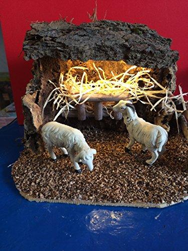 Krippen Landschaft, LED beleuchteter Unterstand für Schafe für Figurengröße 9-12 cm. 3,5 V. Krippenzubehör für Weihnachtskrippe oder Passionslandschaft. Jedes Set ein Unikat. Deshalb können Abweichungen vom Bild möglich sein.