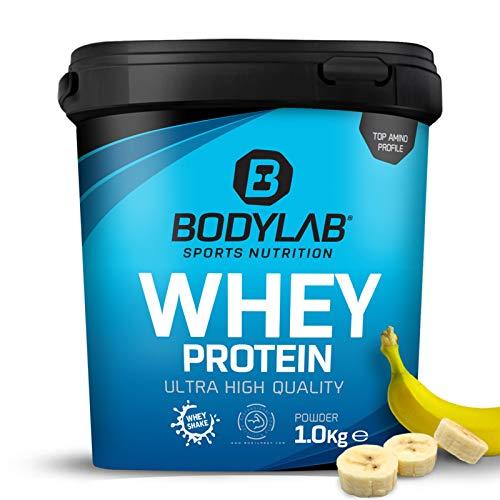 Protein-Pulver Bodylab24 Whey Protein Banane 1kg / Protein-Shake für Kraftsport & Fitness / Whey-Pulver kann den Muskelaufbau unterstützen / Hochwertiges Eiweiss-Pulver mit 80% Eiweiß / Aspartamfrei