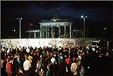 Poster 91 x 61 cm: Fall der Berliner Mauer von Everett