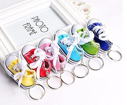Unbekannt Porte-clés en forme de baskets pour bébé - Avec pendentif en forme de petite chaussure - Différentes couleurs - Pour naissance - Fille - Garçon - Cadeau - Jaune