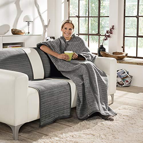 Ibena Fano Wohnmantel 150x200 cm – Kuscheldecke mit Ärmeln grau hellgrau, mit praktischen Druckknöpfen und Reißverschluss, Ärmeldecke kuschelig weich und angenehm warm