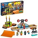 LEGO 60294 City Stuntz Espectáculo Acrobático: Camión, Set de Construcción con Moto con Rueda de Inercia y Tanque de Agua para Niños +6 años