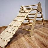 Triángulo- Escalera plegable. Fabricado en España.