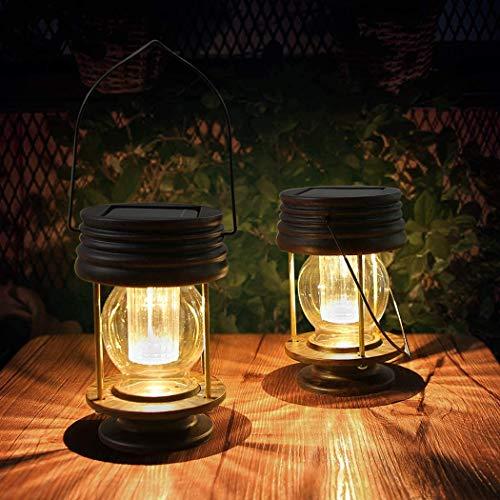 pearlstar Lanterne solari – Luci solari da esterni – Confezione da 2 lanterne a energia solare impermeabili a LED design vintage per paesaggio, giardino, vialetto, gazebo decorazione (luci calde)