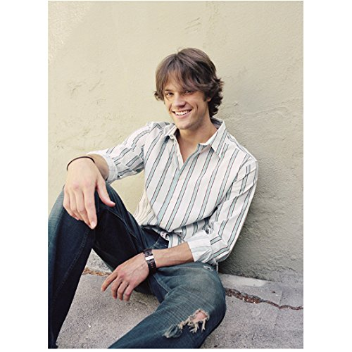 Supernatural Jared Padalecki as Sam Winchester Seated on Ground with Big Smile 8 x 10 Photo