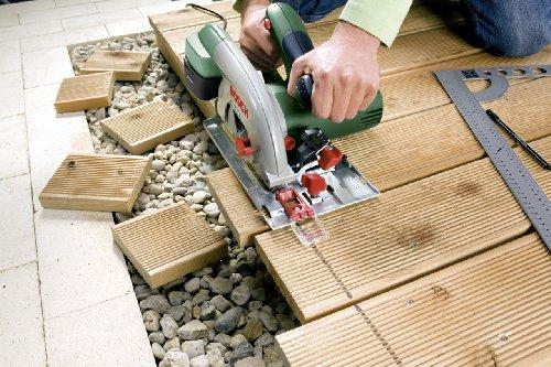 Bosch DIY Kreissäge PKS 55 A, 1 Hartmetallsägeblatt Speedline Holz, Parallelanschlag, Karton (1200 W, Nenn-Ø Sägeblatt 160 mm, 0 – 55 mm Schnitttiefenbereich bei 90°) - 2