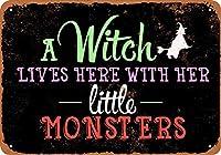 金属看板魔女は、彼女の小さい怪物(黒い背景)でここに住んでいます屋外屋内壁パネルホーム装飾