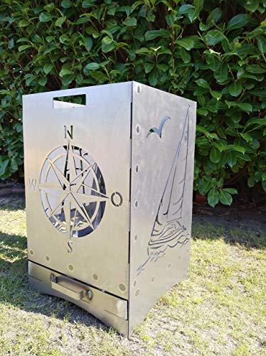 """Gartendeko Fockbek Feuerkorb Grill\""""Maritim\"""" inkl. Aschefach und Zwischenboden sehr stabil Maße ca. 40x40x60 cm (Motiv Leuchtturm,Segelboot,Windrose,Anker)"""