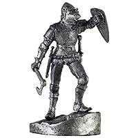 フランス。オノを持つ騎士。 14世紀。金属の彫刻。コレクション54mm(1/32スケール)ミニチュアフィギュア。ブリキおもちゃの兵隊