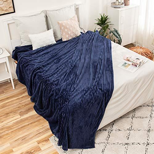 MIULEE Kuscheldecke Fleecedecke Flanell Decke Einfarbig Wohndecken Couchdecke Flauschig Überwurf Mikrofaser Tagesdecke Sofadecke Blanket Für Bett Sofa Schlafzimmer Büro 85x95Inch 220x240cm Dunkelblau