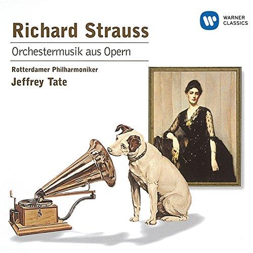 Four Symphonic Interludes from 'Intermezzo': Träumerei am Kamin : Ruhig schwebend