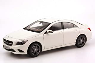 1/18 Mercedes Benz CLA DIECAST MODEL CAR (WHITE)