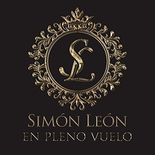 Simón León