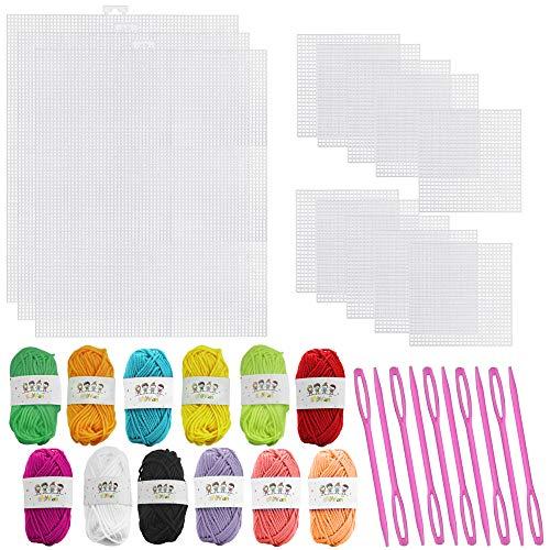 XAVSWRDE Juego de 37 piezas de plástico de malla de lona con 2 tamaños de hojas de plástico, hilo acrílico de 12 colores, 10 agujas de ganchillo de plástico para proyectos de ganchillo y manualidades.