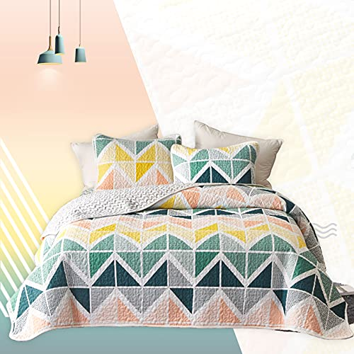 Quilt Set Bed in a Bag 7 Piece Queen Size Colorful Cubes Navy Yellow Green Bedspread Coverlet with (1 Reversible Quilt 88x88, 2 Pillow Shams, 1 Flat Sheet, 1 Fitted Sheet, 2 Pillowcases)