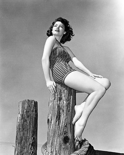 Ava Gardner Leggy Barefoot Swimsuit Model Pose 16x20 Poster