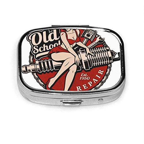 Pillendose - Pillendose mit 2 Fächern, Pillendose, kann für Münzgeldbörse verwendet werden, Reise-Pillendose Tattoo Zündkerze Pin Up Girl Kolbenschlüssel Vintage Farbtext sind separate Schicht Biker