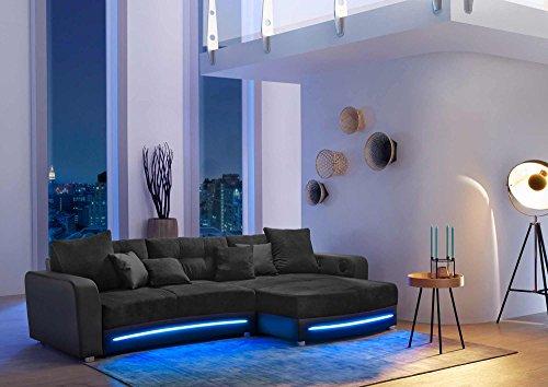 lifestyle4living Ecksofa in Schwarz (Kunstleder und Microfaserstoff) inkl. Multimediapaket | Sofa hat 6 Kissen | Funktionssofa mit LED-Beleuchtung