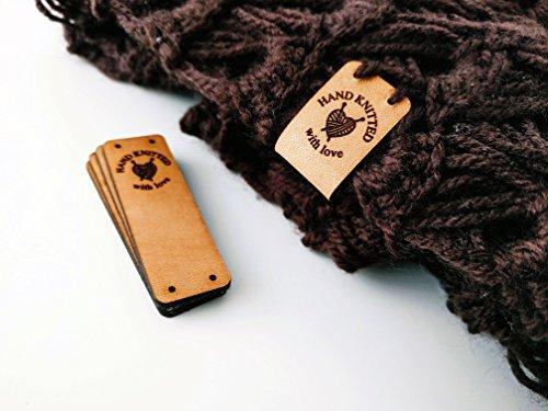 """Etiquetas de cuero hechas a mano O3 """"HAND KNITTED with love"""" - 15 piezas Exclusivas grabadas etiquetas de piel italiana"""