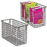 mDesign Juego de 2 cestas de metal multiusos fabricadas con alambre metálico – Organizador de cocina y despensa versátil – Cesta organizadora compacta y universal con asas – color bronce
