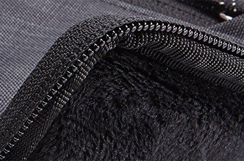 Thule Strävan Sleeve für MacBook Pro 15 Zoll grau