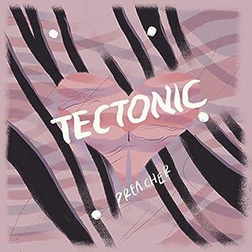 Tectonic (feat. Hopp)