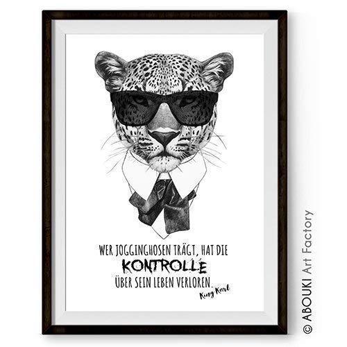 """ABOUKI lustiger Kunstdruck - ungerahmt -\""""Karl und die Jogginghose\"""" Poster, Geschenk-Idee"""