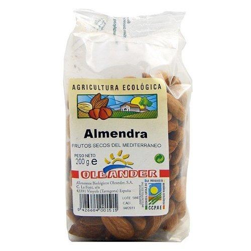 ALMENDRA CRUDA CON PIEL