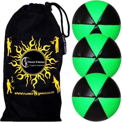 Flames 'N Games Juego de 3 bolas de malabares ASTRIX UV Thud (negro/verde UV) Pro 6 paneles, juego de bolas de malabares y bolsa de viaje