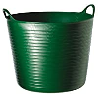 A versatile piece of equipment for stable or garden. Flexible. Durable. UV and frost resistant with strong ´CE´ tested handles. Measurements: 23cm x 33cm (Small), 30cm x 39cm (Medium), 33cm x 45cm (Large), 37cm x 57cm (X-Large).