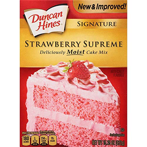 Duncan Hines Signature Perfectly Moist Strawberry Supreme Naturally Flavored Cake Mix, 12 - 15.25 OZ Boxes