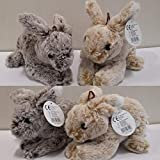 Plüsch Hase ca. 20 cm , Kaninchen liegend 2er Set , braun/grau und Hellbeige/Weiss , Plüschtier, Kuscheltier, Stofftier von Rasehorn