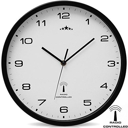 Monzana Wanduhr Funk Ø 31 cm Groß Schwarz Weiß Automatische Zeitumstellung Geräuscharm Modern - Funkuhr Funkwanduhr Uhr