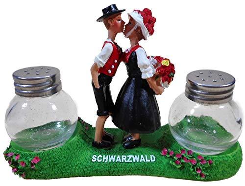 Salzstreuer und Pfefferstreuer Schwarzwald 12 x 8 cm Tracht küssendes Paar Deko GCG 3700
