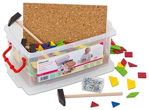 Betzold 35824 - Hammerspiel Kinder - Buntes Nagelspiel mit Vorlagebögen - Kinder-Spielzeug Hämmerchenspiel Klopf-Spiel