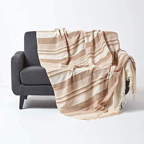 Homescapes Tagesdecke/gestreifter Sofaüberwurf Morocco in Beige 255 x 360 cm – handgewebt aus 100% Reiner Baumwolle – XXL-Größe mit Fransen