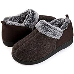 SOFT & THERMAL WOOL-LIKE BLEND UPPER along with closed suede back heel keep warmth in & give you comfort fit and are also breathable.★ Tip: Please get ONE SIZE UP if you wear a half-size (e.g. 7.5, 9.5) or tend to wear thick socks with slippers PLUSH...