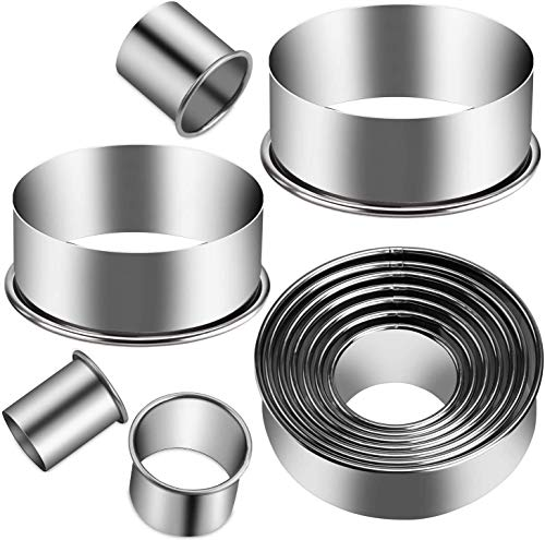 Xipixiao 12 Pieces Round Cookie Cutter Set Biscuits Cutters Stainless Steel Circle Molds Donuts Dough Pastry Biscuits Cutters English Muffins Fondant Kitchen Baking Dough Ring Tools