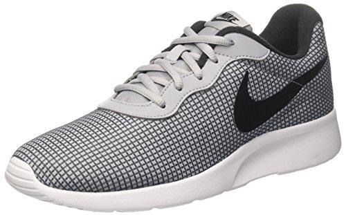 Nike Herren Tanjun Se Laufschuhe, Grau (Wolf Greyblackdark Grey), 43 EU